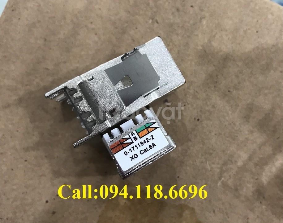 Patch Panel CommScope CAT6A chống nhiễu 24 port, UTP, 1U