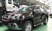 ISUZU 7 chỗ tự động, động cơ dầu 1.9, nhập khẩu Thái Lan