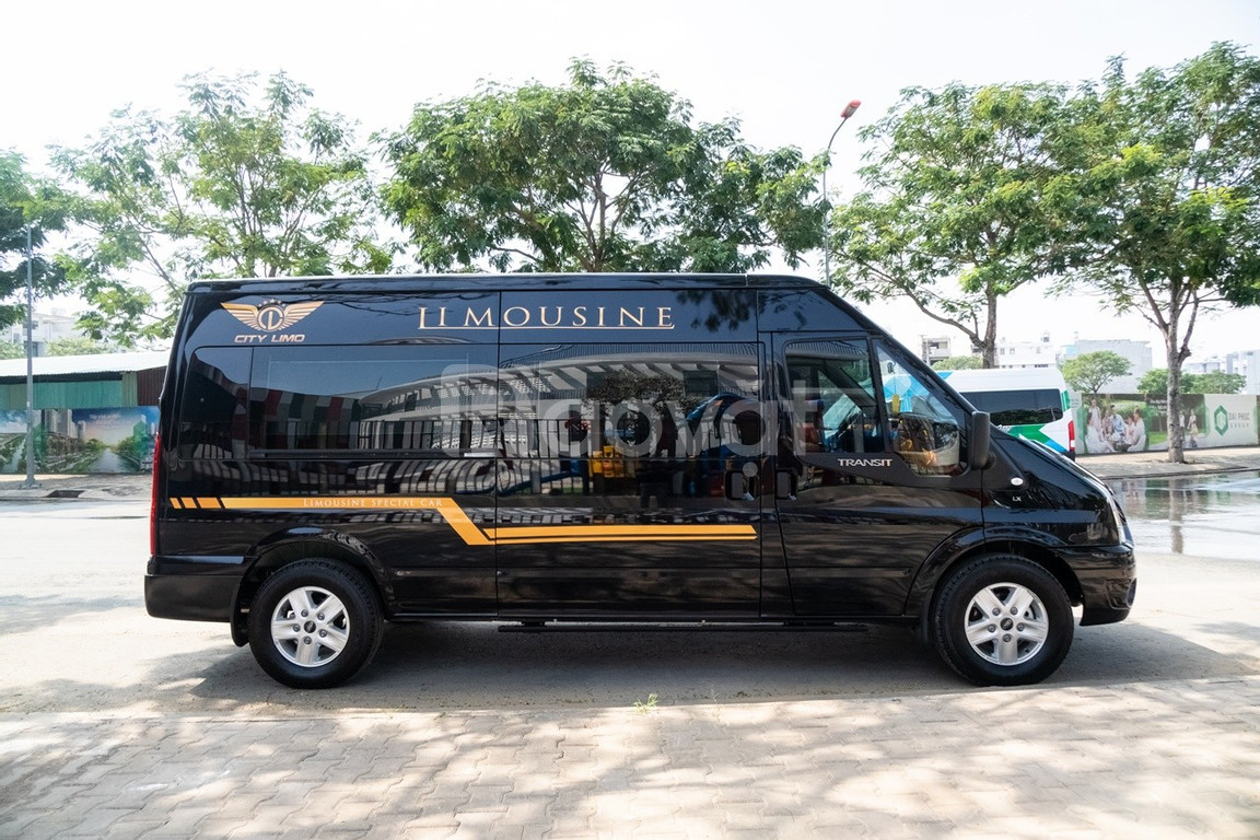 Bán Ford Transit Limousine cao cấp