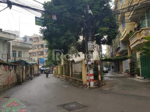 Cho thuê nhà mặt tiền mặt đường rộng tiện kinh doanh tại Trần Vỹ