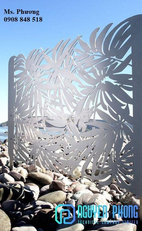 Hàng rào nghệ thuật sắt uốn, sắt cắt CNC 2020