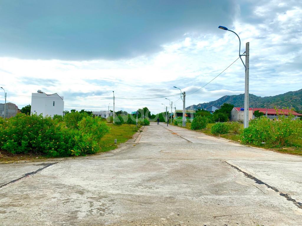 Cơ hội tốt để đầu tư đất nền sổ đỏ gần biển Cà Ná - KDC Cầu Quằn