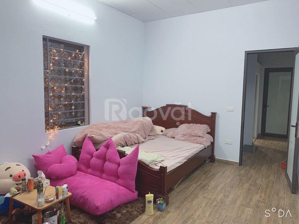 Cho thuê nhà riêng Bồ Đề 40m2 đầy đủ nội thất 8tr/tháng