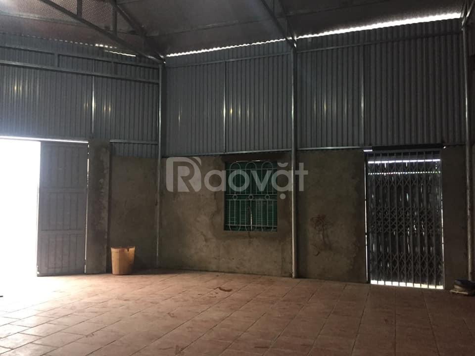 Cho thuê kho Long Biên mới xây dựng 100m2 giá 10tr/tháng