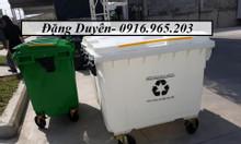 Xe thu gom rác nhựa HPDE màu trắng 660l