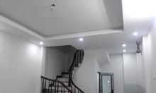 Bán nhà tổ 3 phường  Việt Hưng xây mới 5 tầng 6 phòng 4 phụ
