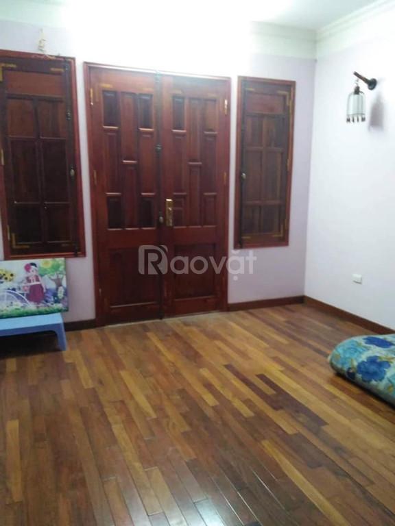 Cho thuê nhà riêng Ngọc Thụy 70m2, 4 tầng đầy đủ nội thất 16tr/tháng.