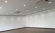 Cho thuê văn phòng 45m2 phố Trần Thái Tông giá 11tr/th