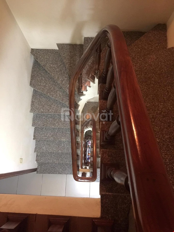 Chuyển nhà ra phố cần bán gấp nhà đẹp phố Yên Hòa, sổ vuông giá 3,5 tỷ