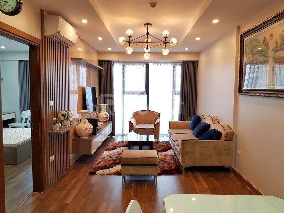 Chính chủ bán căn hộ tầng đẹp,full nội thất, 2pn ở Goldmark City,2,6tỷ