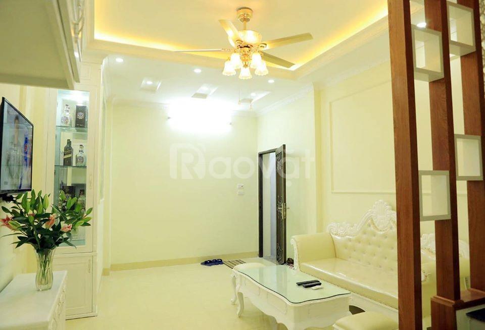 Bán nhà rẻ, đẹp tại Khương Trung, Hà Nội, tặng nội thất, giá bằng 2 tỷ