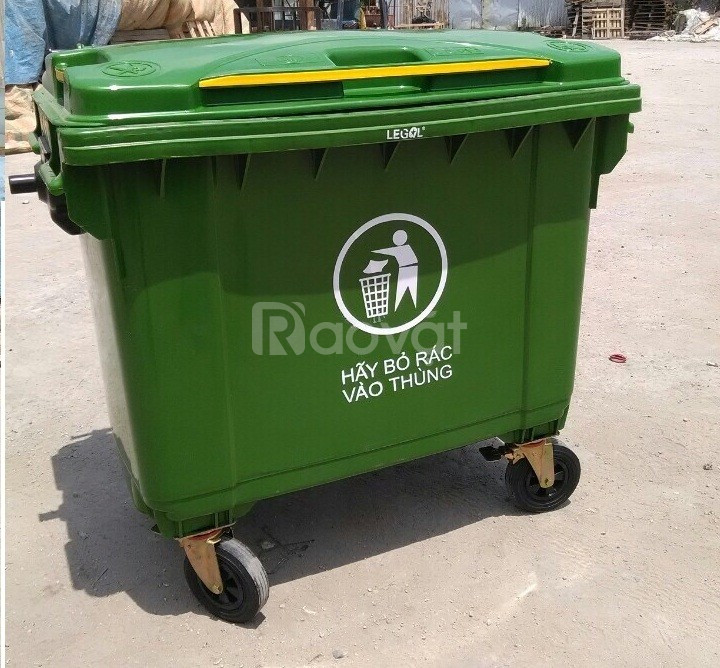 Thùng rác nhựa 660l
