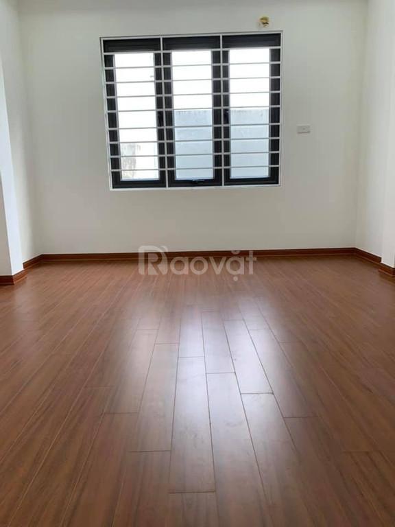 Bán nhà đẹp đón tết, phố Kim Giang 35m2 x 5T, sát mặt đường KG