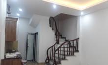 Bán nhà phường  Việt Hưng sau Big C xây mới 5 tầng 6 phòng 4 phụ