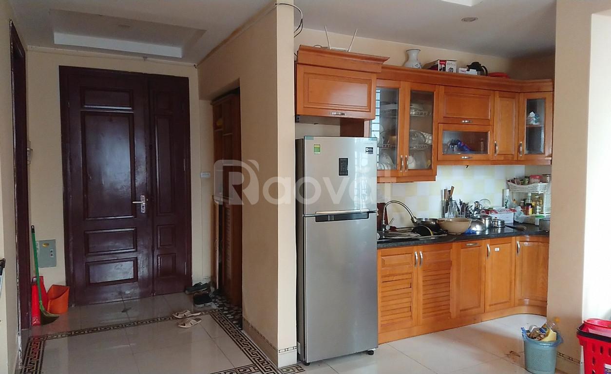 Cho thuê căn hộ chung cư mới cao tầng, gần Bộ Công An