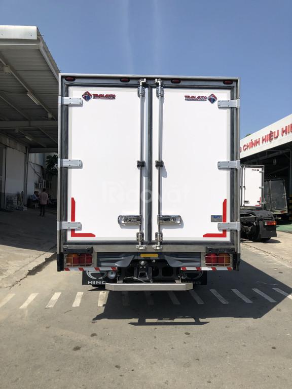Xe Bảo ôn Hino 6 tấn, thùng 6m5.