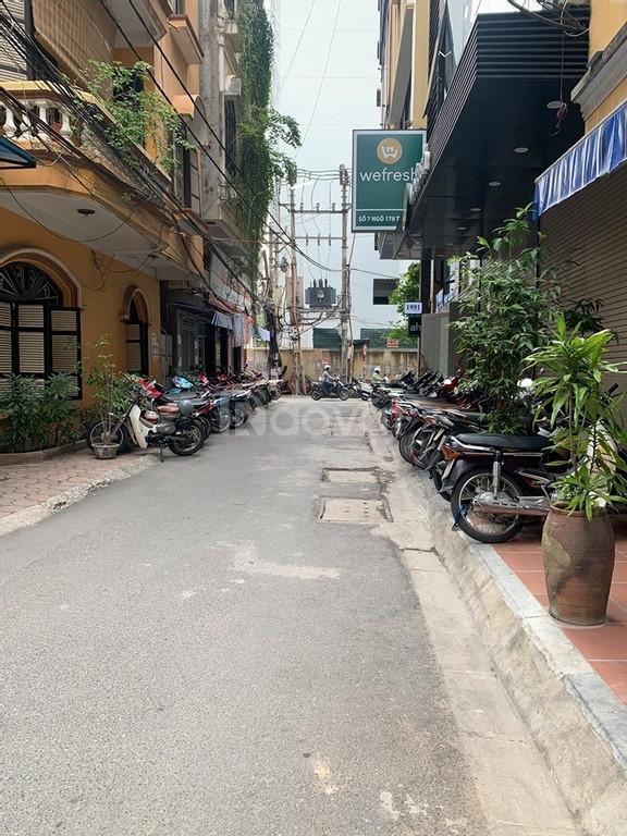 Bán nhà trước Tết  Phố Thai Hà 3 mặt thoáng oto vào nhà 55m2 mt 5m 5 t