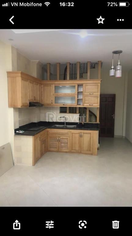 Cho thuê nhà riêng Ngọc Thụy 50m2, 5 tầng 7tr/tháng