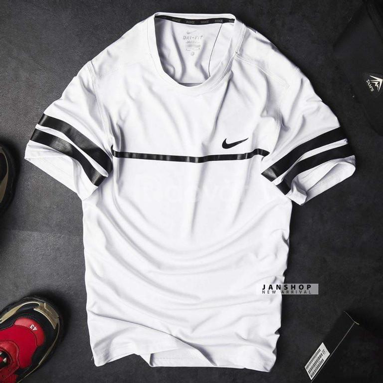 Nguồn hàng quần áo thể thao vnxk