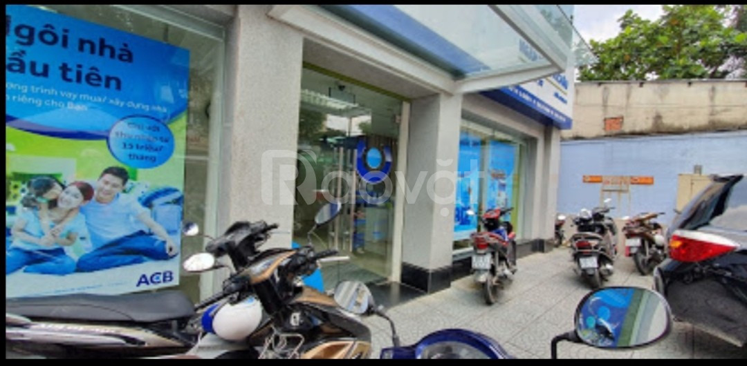 Cho thuê nhà mặt tiền lớn Võ Văn Tần, phường 6, quận 3