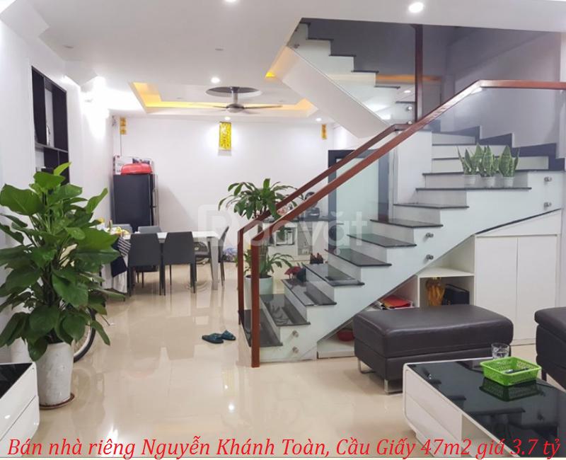 Bán nhà riêng Nguyễn Khánh Toàn, Cầu Giấy 47m2 giá 3.7 tỷ
