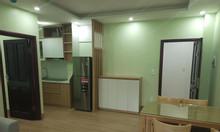 Cho thuê căn hộ Xuân Đỉnh có đồ cơ bản tủ bếp, điều hòa sàn gỗ đẹp
