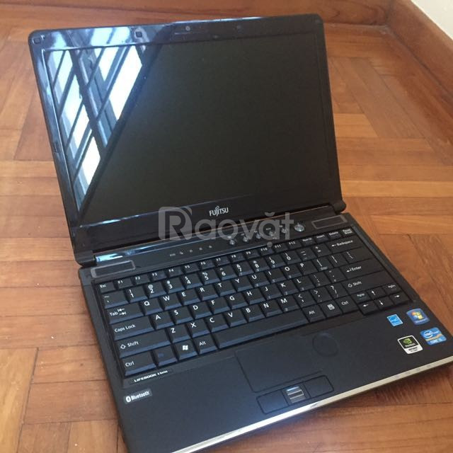 Laptop cũ xách tay giá rẻ Fujitsu SH761 i5 2410 4G 320G