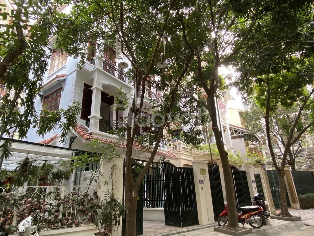 Bán, cho thuê biệt thự liền kề tại đường Nguyễn Thị Định, Quận Cầu Gấy