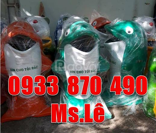 Thùng rác con cá chép màu xanh lá,thùng đựng rác con chuột mickey
