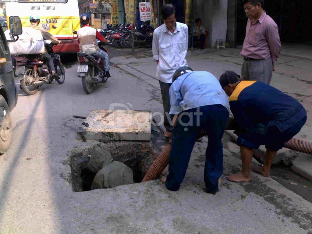Bơm hút bể phốt, hố ga, nạo vét cống tại KCN Huyện Thạch Thất