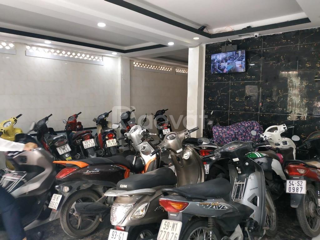 Bán gấp nhà 4 lầu gần siêu thị Aeon Mall Tân Phú, 13.5 tỷ