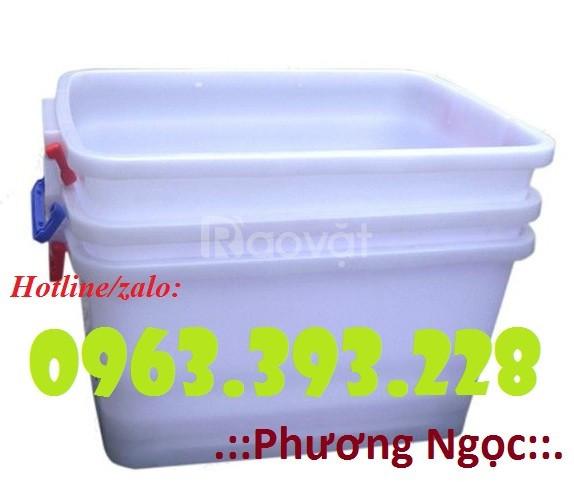 Thùng nhựa có nắp DA30, thùng nhựa bánh xe, hộp nhựa có nắp