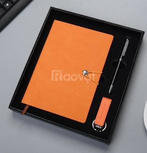 Sản xuất quà tặng in logo theo yêu cầu tại TP.HCM