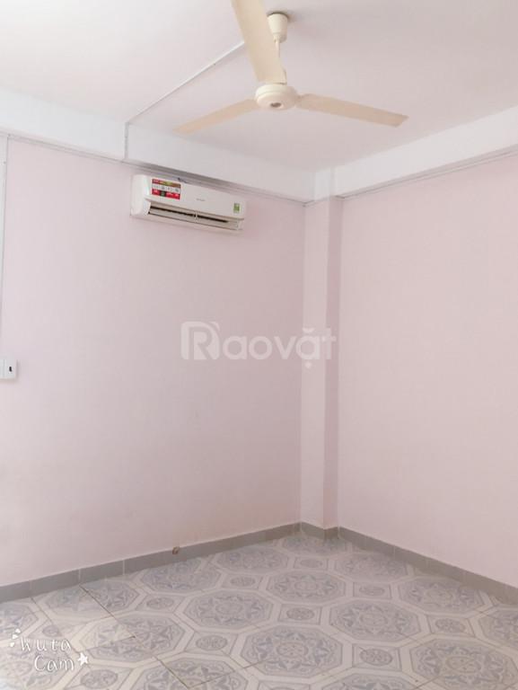 Cho thuê căn Cc Hoàng Hoa Thám 3, Hoàng Kế Viêm, P12, Tân Bình