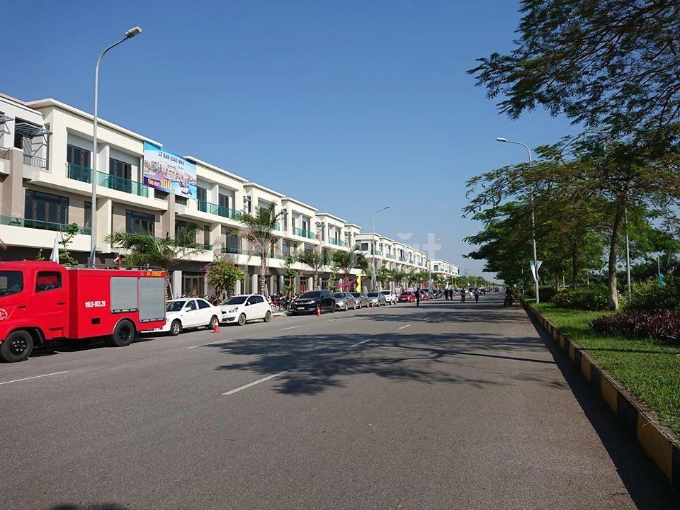 Mở bán 63 căn Shophouse Centa city đường 26m