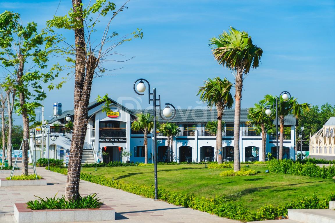 Đất và nhà phố đối diện công viên, trung tâm thương mại (ảnh 1)