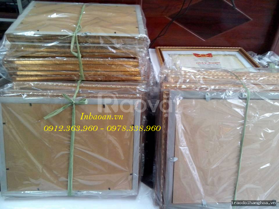 Xưởng sản xuất khung giấy khen, đặt gia công khung kính