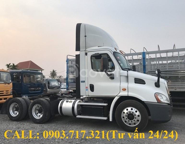 Bán xe đầu kéo Mỹ Freightliner 0 giường sản xuất 2015