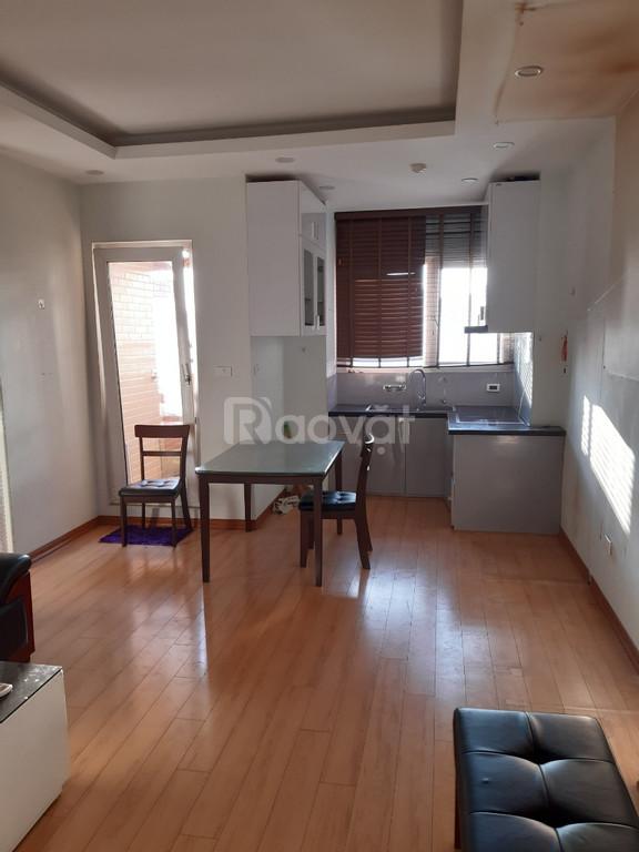 Tôi cần bán gấp căn hộ chung cư Nghĩa Đô, 50m2/2PN.