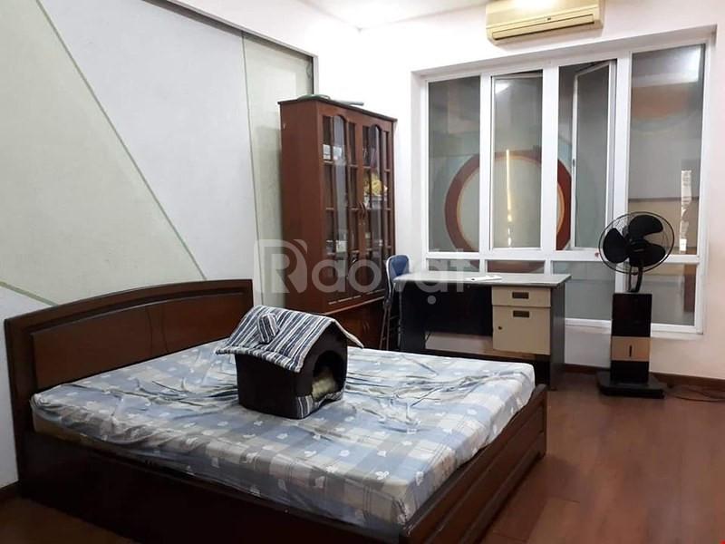 Chuyển công tác vào Sài Gòn cần bán gấp nhà Yên Hòa