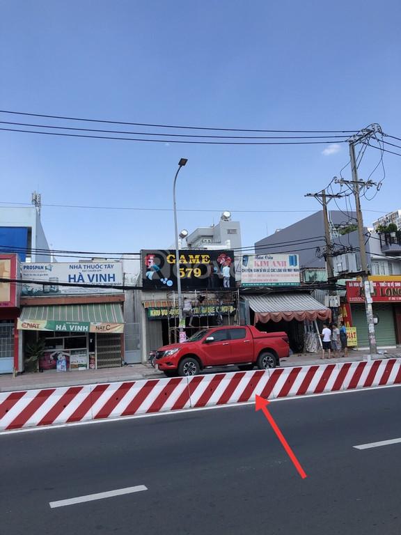Bán nhà mặt tiền đường Huỳnh Tấn Phát, quận 7. Tp.HCM