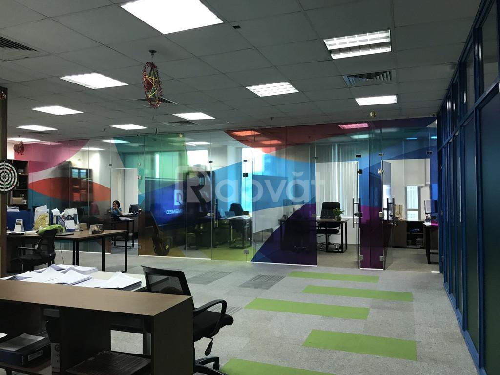 Cho thuê văn phòng quận 3, diện tích 250m2, trần sàn hoàn thiện