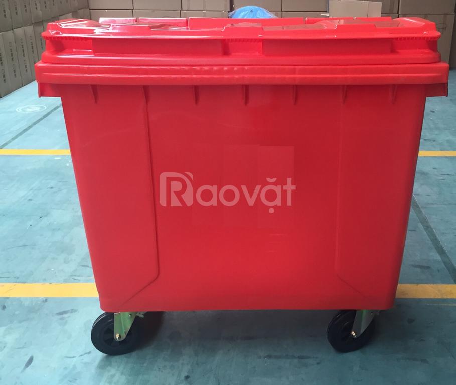 Xe gom rác đô thị dung tích lớn 1100 lit nhựa HDPE