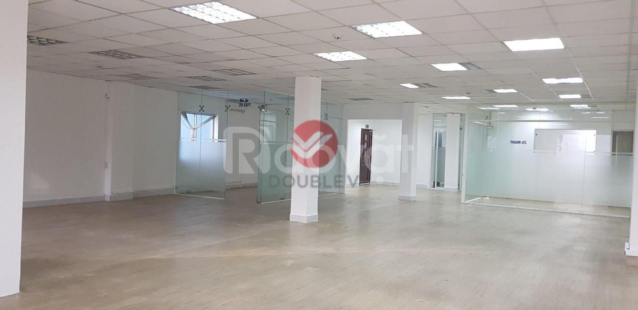 Văn phòng cho thuê Quận 3, mặt tiền Cách Mạng Tháng 8, DT 178m2