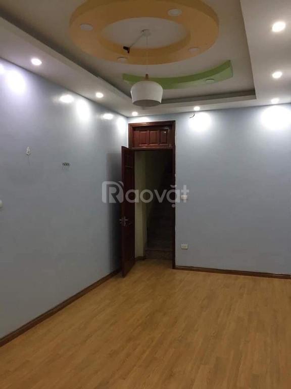 Bán nhà ngõ 126 Hào Nam 35m X 4T,MT 3,5m, 3 tỷ vuông vắn