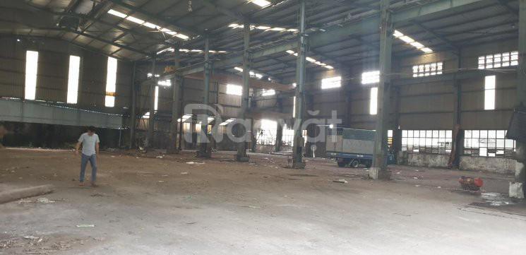 Cho thuê kho xưởng DT 2500m2 Đức Giang Long Biên Hà Nội
