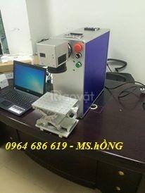 Máy laser fiber khắc kim loại, máy laser khắc nhãn mác trên inox, nhôm