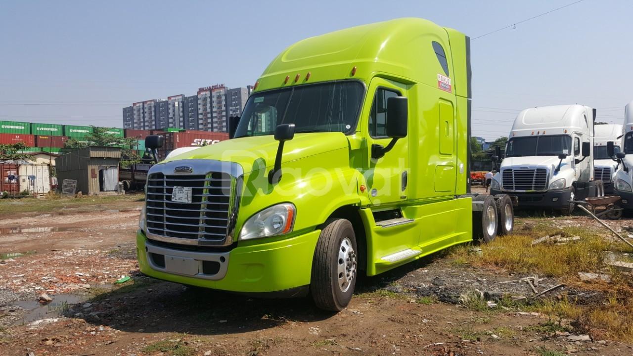 Xe đầu kéo mỹ Cascadia Freightliner