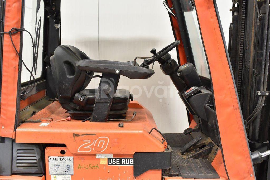 Bán xe nâng điện cũ ngồi lái hiệu Toyota 2 tấn, 4m, năm 2004