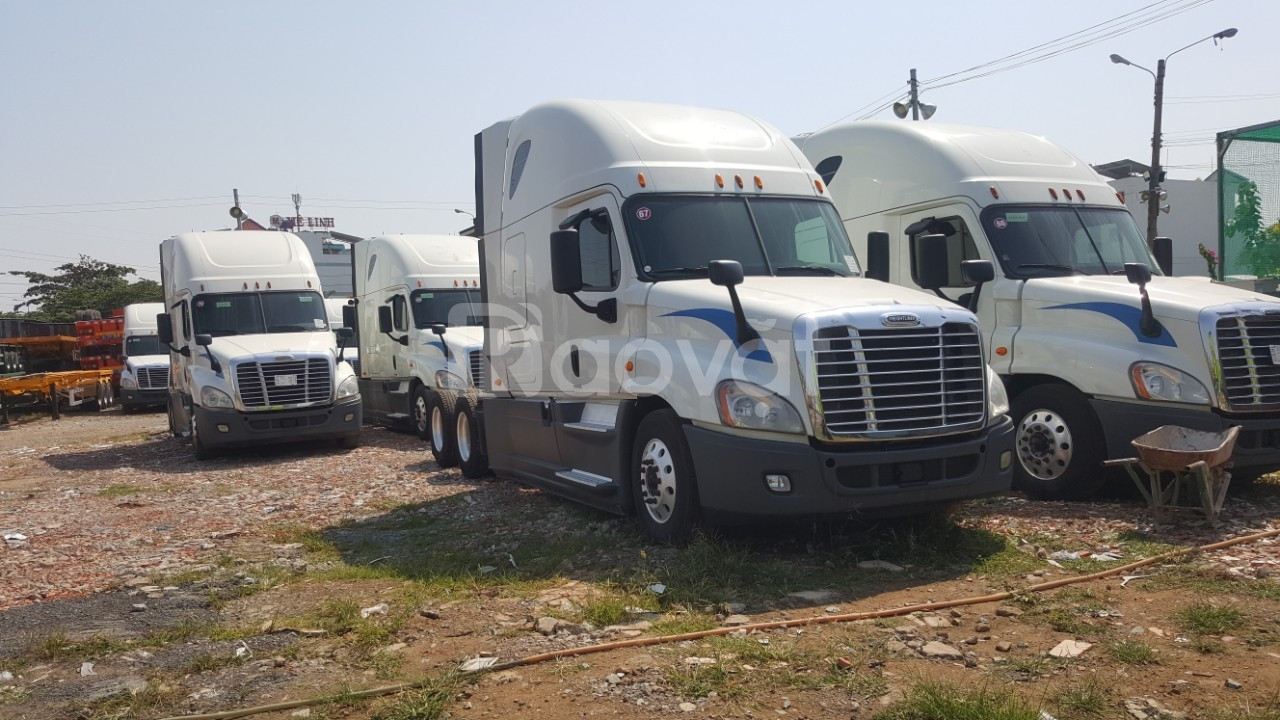 Xe đầu kéo mỹ Cascadia Freightliner  2015